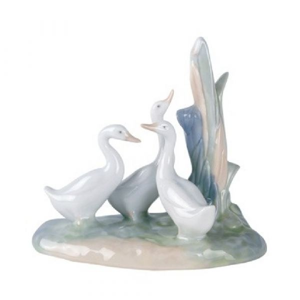 Nao Figurines Group Of Ducks