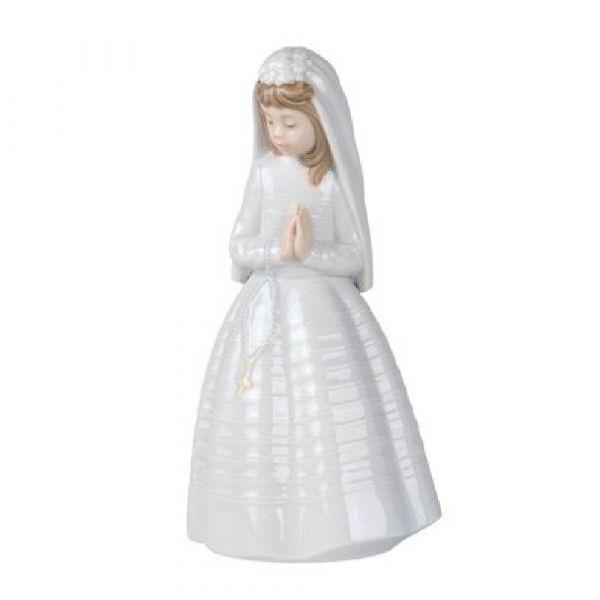 Nao Figurines Girl Praying
