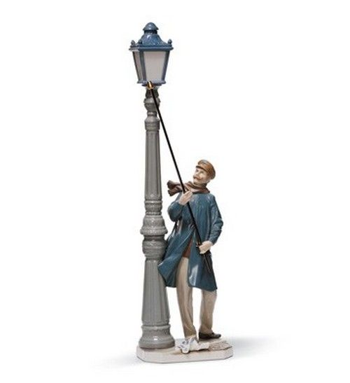 Lladro Figurines Lamplighter