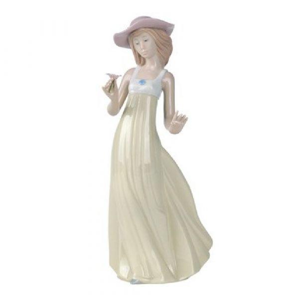 Nao Figurines Gentle Breeze
