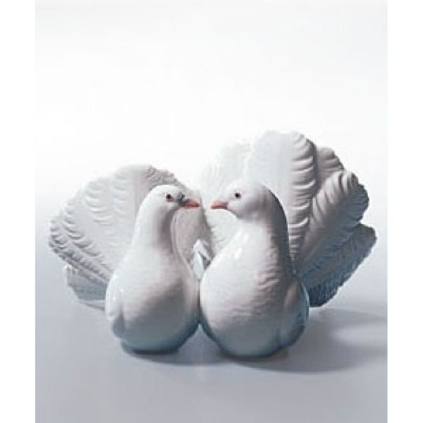 Lladro Figurines Couple of Doves