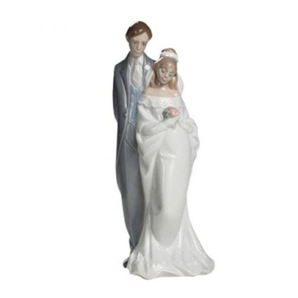Nao Figurines Love Always