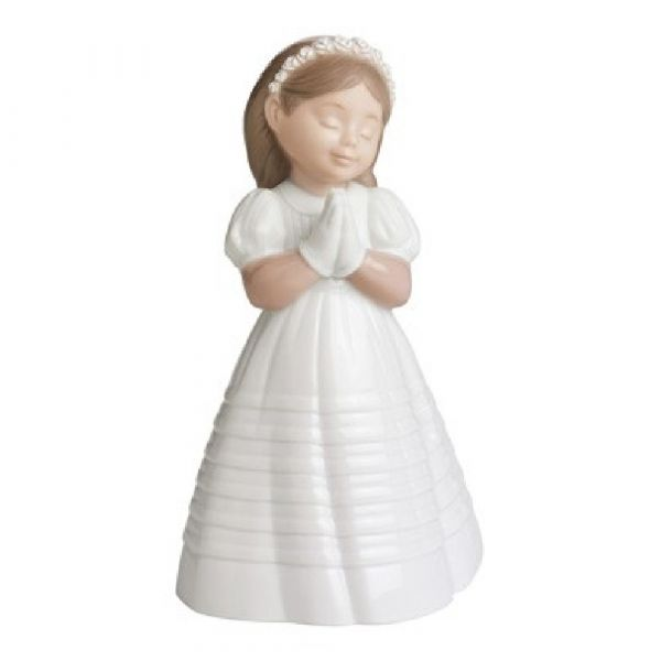 Nao Figurines My First Communion