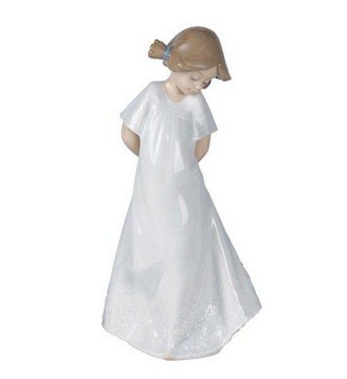 Nao Figurines So Shy