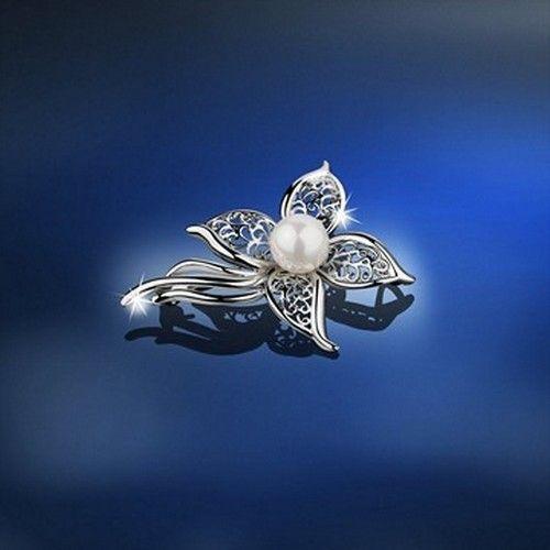 Newbridge Silver Grace Kelly Pearl Brooch